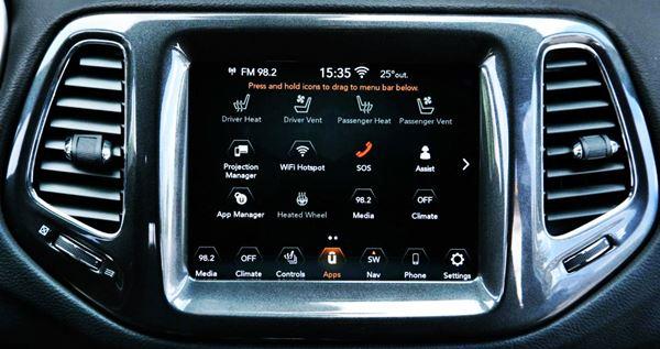 New 2022 Jeep Compass Interior