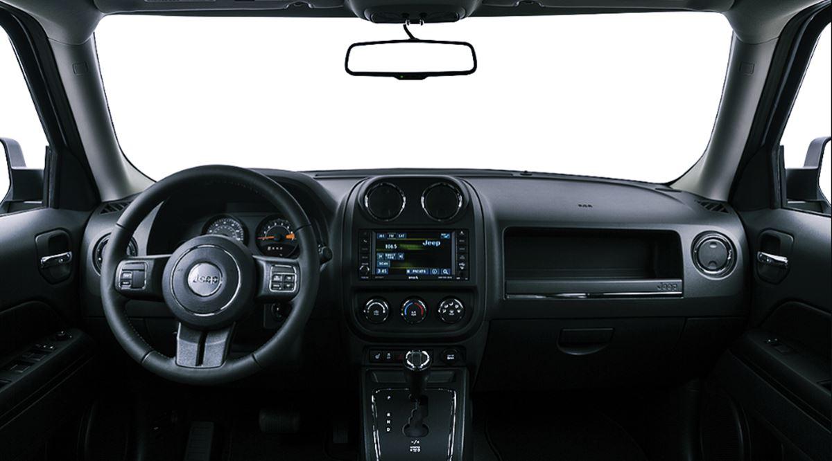 Jeep Patriot 2022 Interior